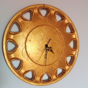 wall clock hubcap